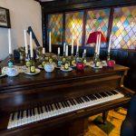 The Queens Head piano